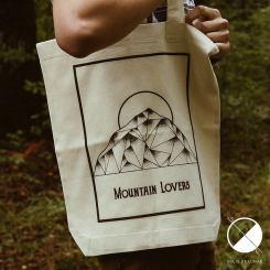 Mountain Lovers - Solis et Lunae